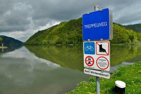 """Danube, """"Treppelweg"""""""