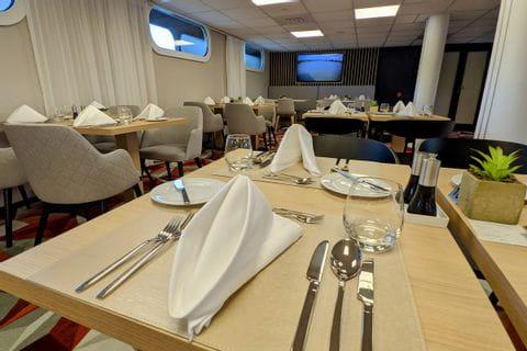 MS ALBERTINA Restaurant