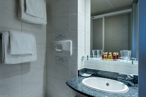 Badezimmer, MS OLYMPIA