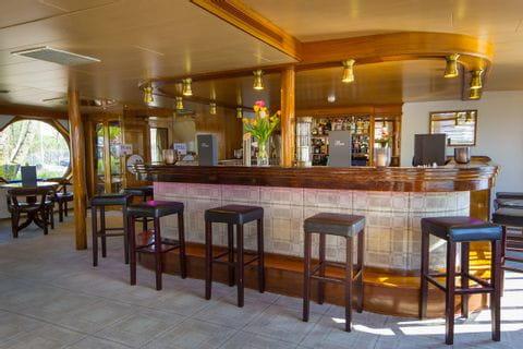Bar, MS OLYMPIA