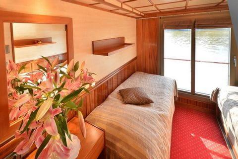 2-bed cabin upper deck, MS FLORENTINA